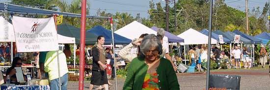 A scene at the busy Maku'u Market located between Kea'au and Pahoa in Puna.
